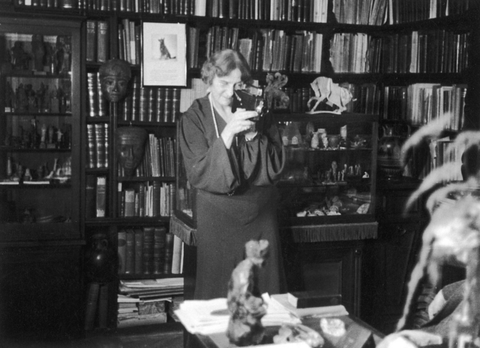 Marie Bonaparte filming in the workroom of Sigmund Freud, Photograph, 1937